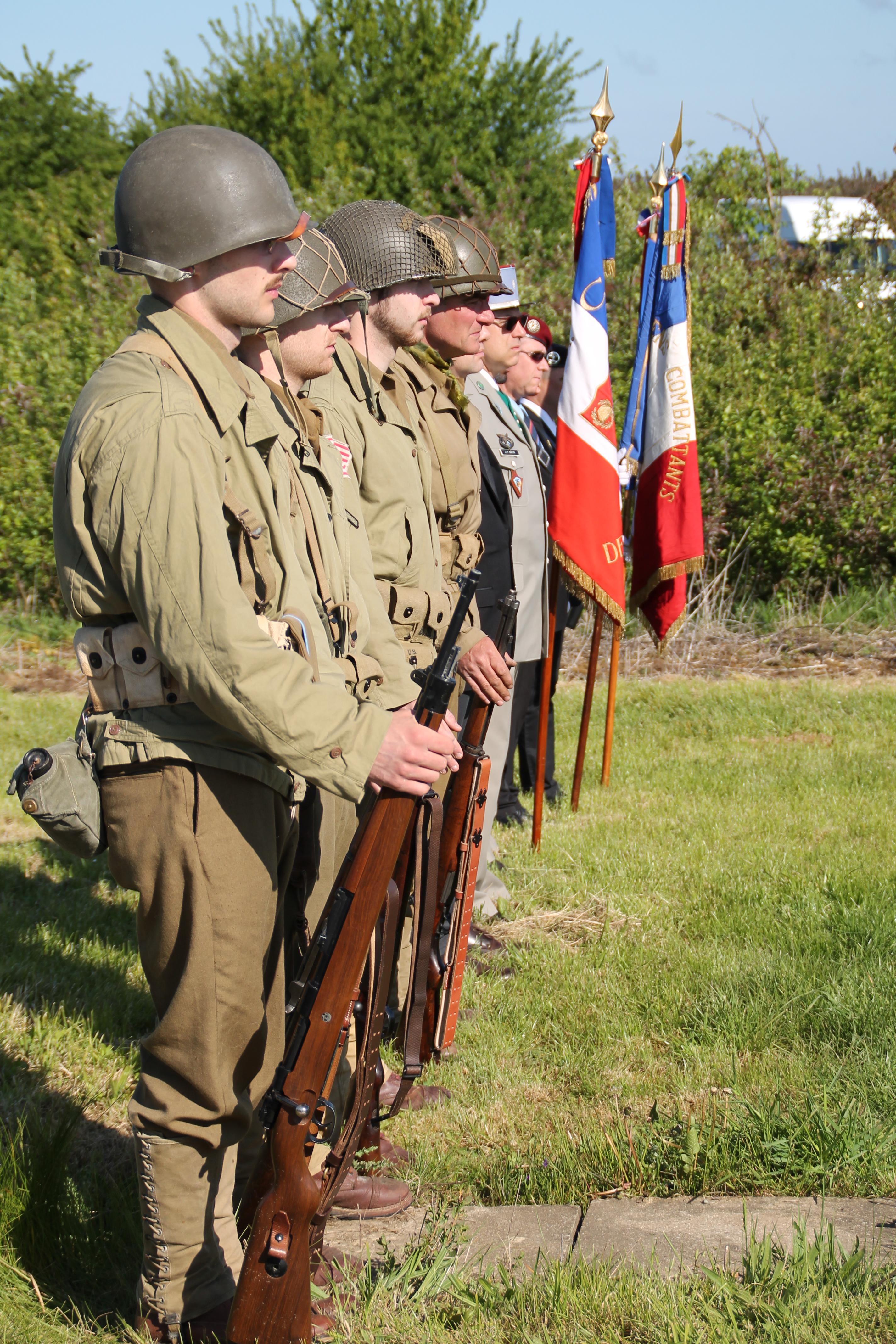 0009 garde US WW2 79TH MEMORY GROUP