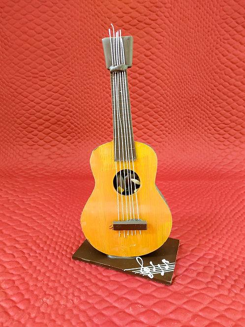 Guitare garnie d'assortiment