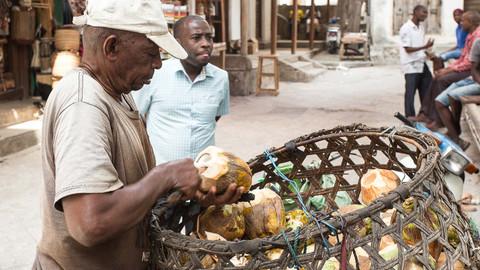 Kokosnuss im Angebot