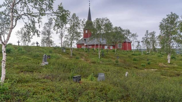 Friedhof mit Kirche