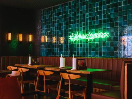 Musique & restaurant : comment bien choisir sa musique d'ambiance ?