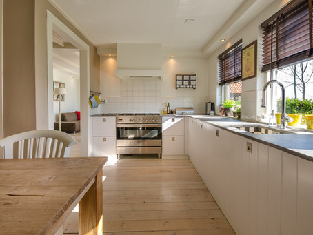 Kitchen How To: Clean an Oven