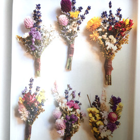 Flowers for the grooms party