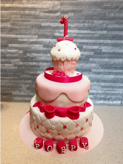 cupcake bow .png