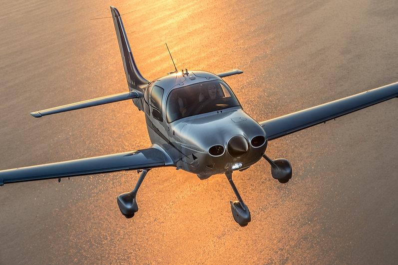 Cirrus Aircraft SR22T 7