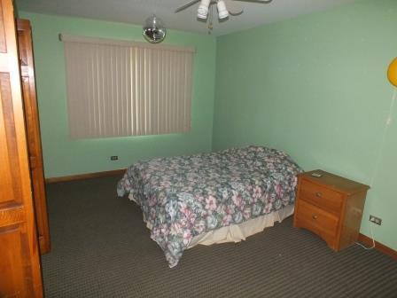7 - Bedroom