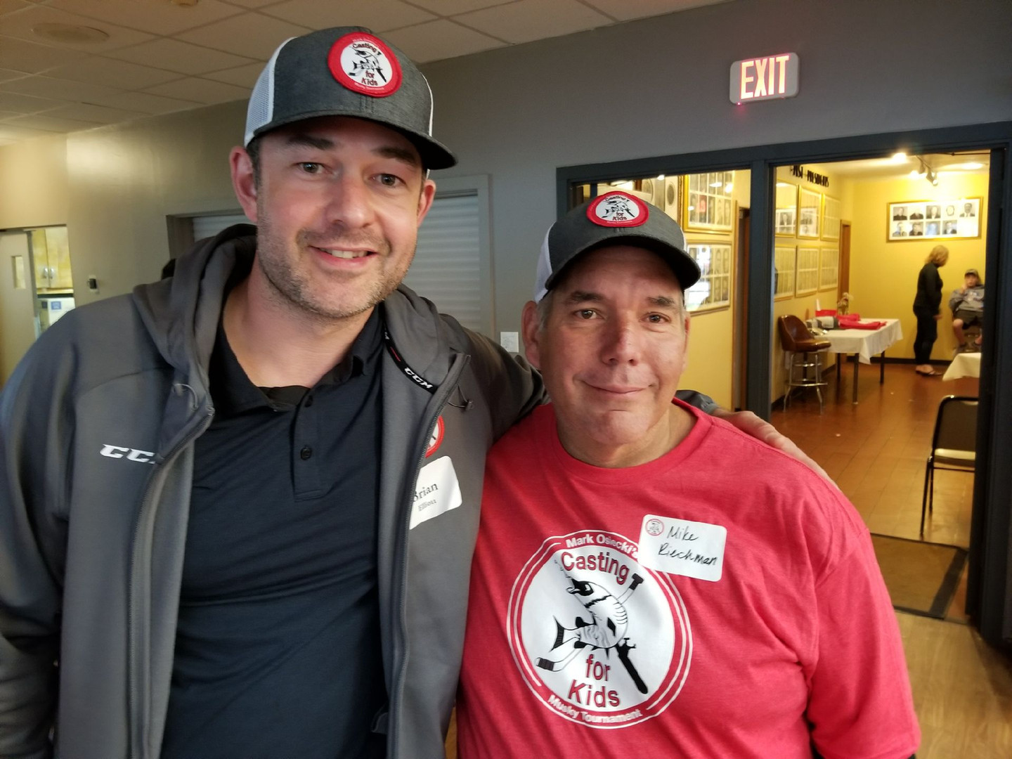 Brian Elliot and Mike Riechman had a great time at the 2nd Annual Mark Osiecki's Casting for Kids Dinner and Banquet. 6/01/19