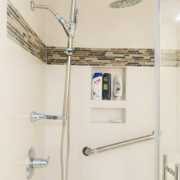 bathroom-revamped3.jpg