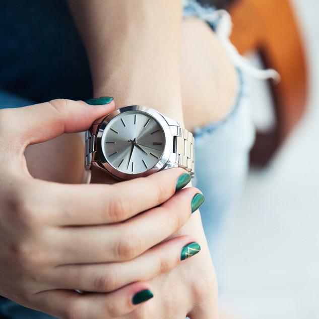 腕時計:ゴムメタル