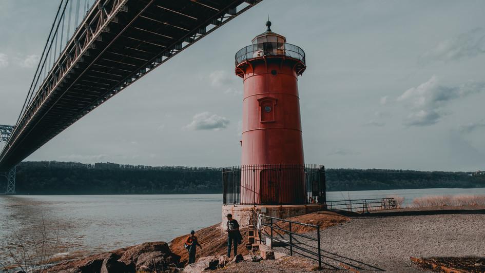 Little Red Lighthouse, April 2019.jpg