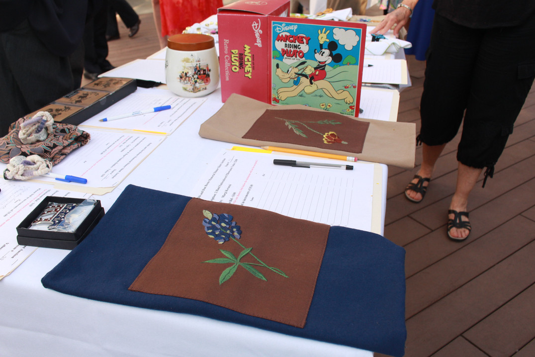 Silent Auction 4.jpg