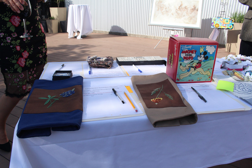 Silent Auction 10.jpg