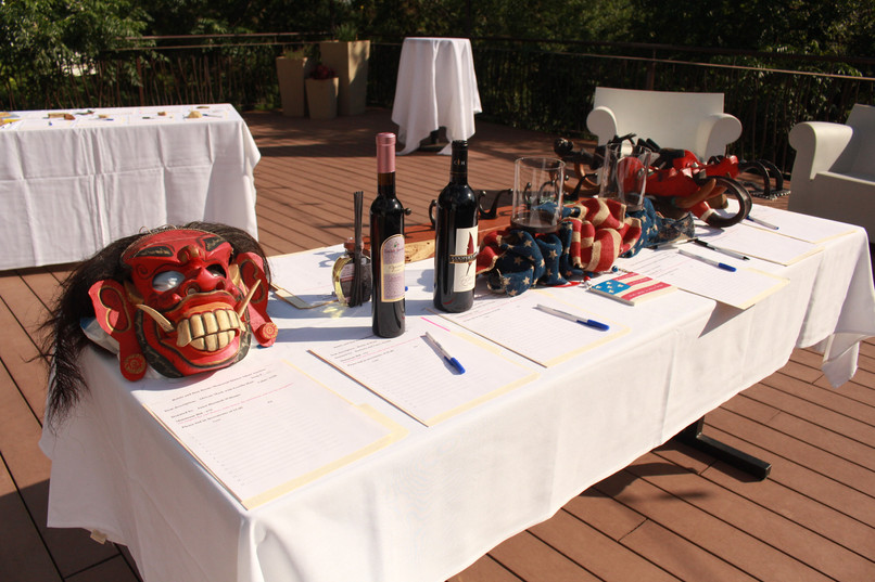 Silent Auction 9.jpg