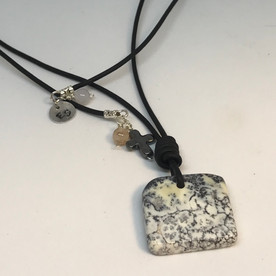 dendritic-agate-pendent-necklace.jpg