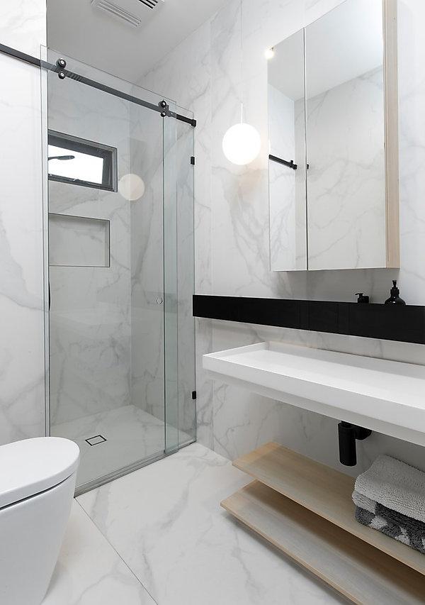 faraday_bathroom
