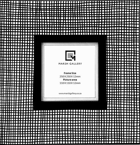Gingham_Picture Frame   400 X 400 X 12mm