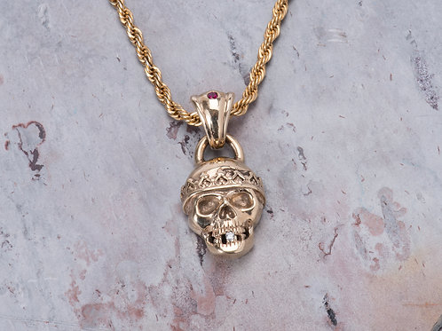 El Rey Skull 14k gold with Diamond and Ruby
