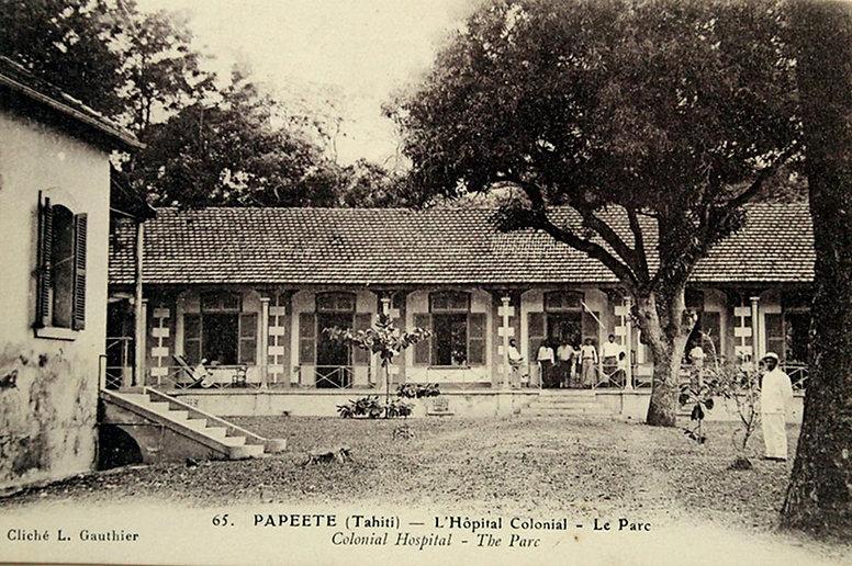 papeete-hopital-colonial-parc.jpg