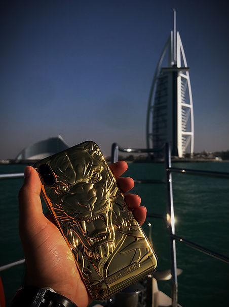 24K Gold Tiger iPhone 3D Burj Al Arab Du