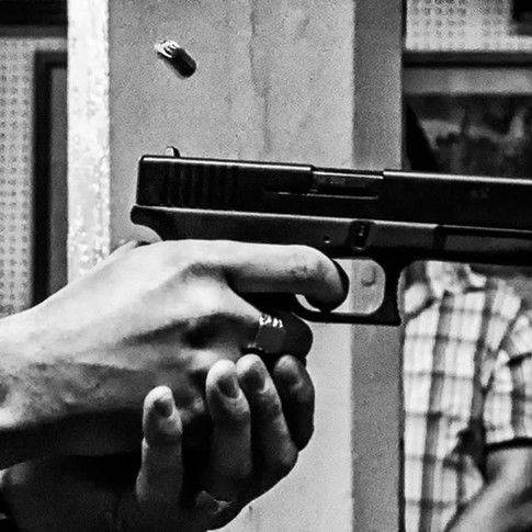Guns for theatre
