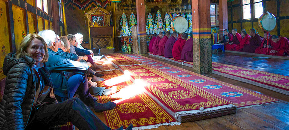 guests-at-buddhist-ceremony.jpg