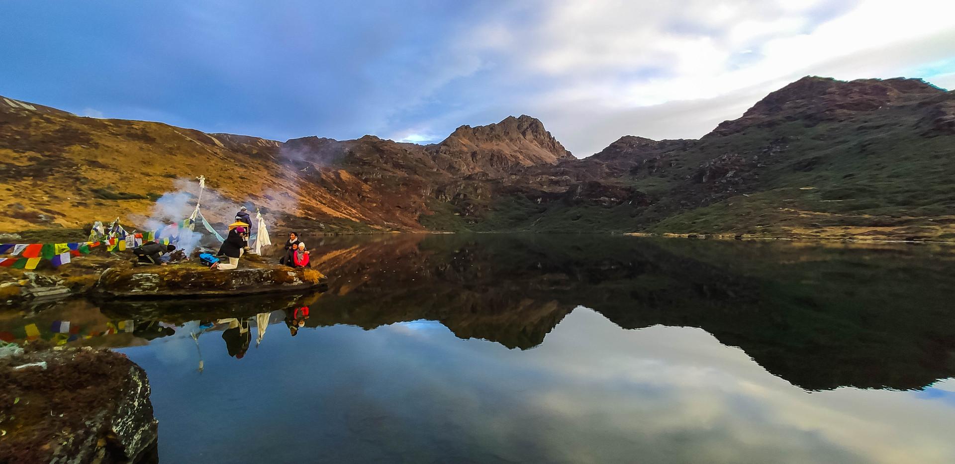 Trek to Treasure Lake - Tshonapata