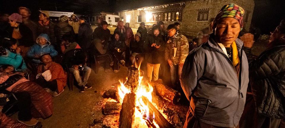 festivities-and-communal-fire-jomolhari.