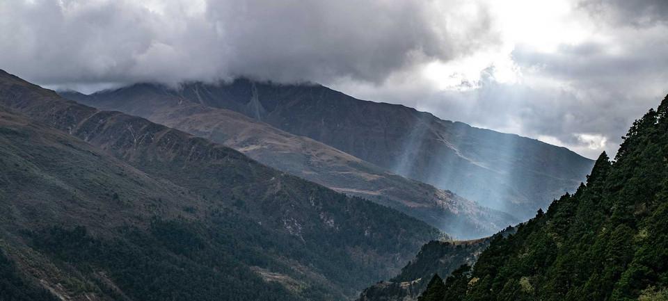 a-shaft-of-heavenly-light-soe-valley.jpg