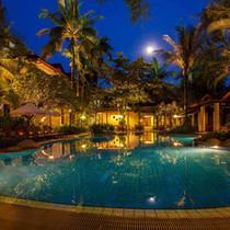 Poolside, Settha Palace Hotel