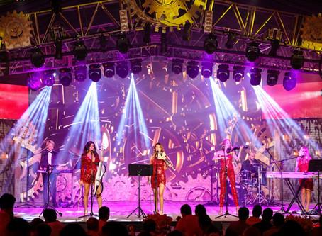 Amadeus Band: Fiesta en Puerto Vallarta, Mexico.