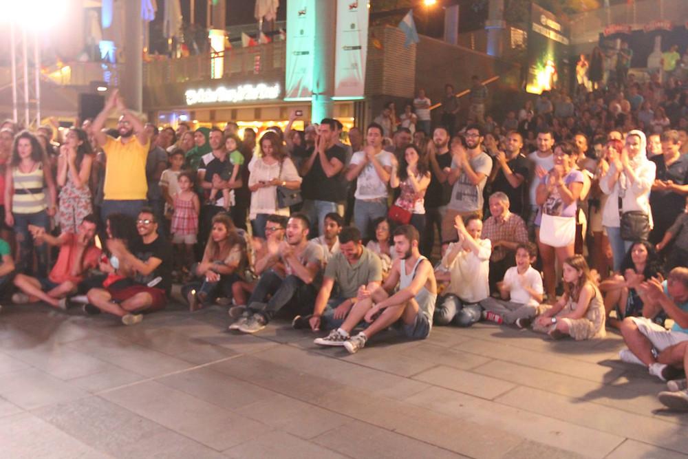 crowd assisting amadeus quartet performance in Beirut, Lebanon.