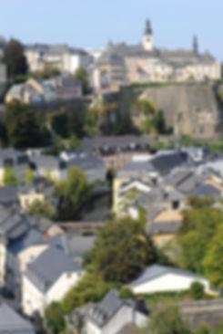 Luxembourg_Grund_from_Verlorenkost_01.jp