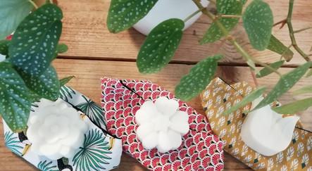 pack un savon+pochette+lingettes