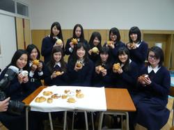 ④米粉パン商品開発2.JPG