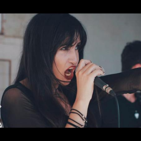 Lançamento                                                                Official Music Video