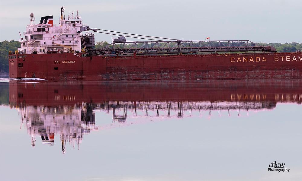 CSL Niagara superstructure reflection