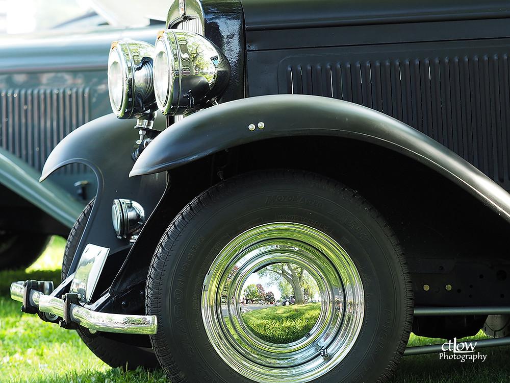 old black car, fenders, headlights