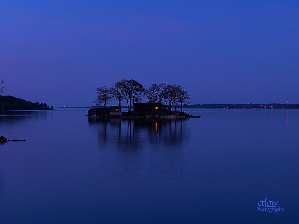 1000 Islands island dusk reflection