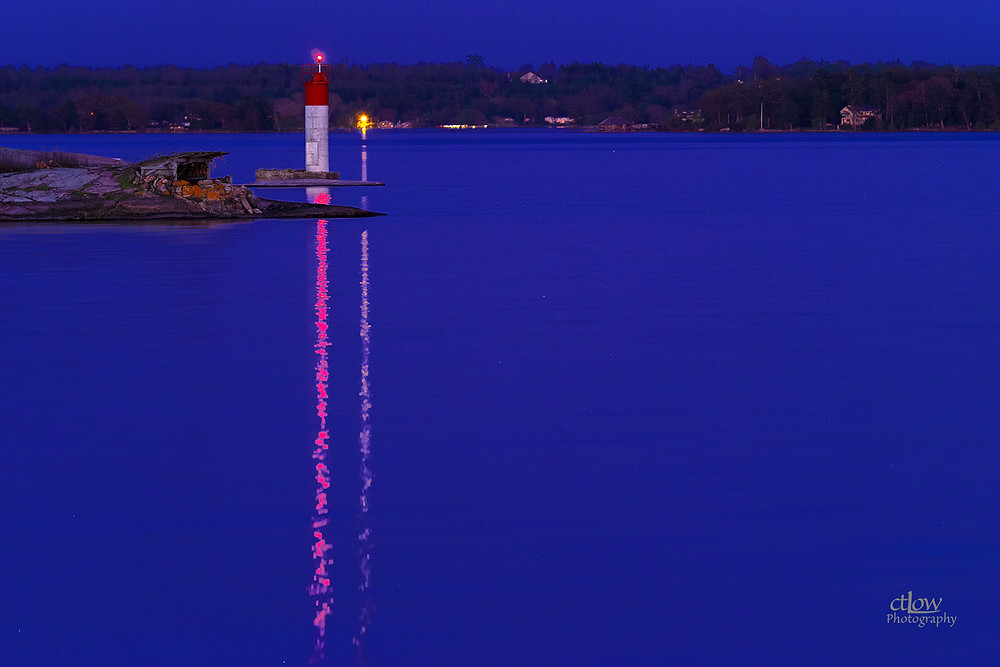 1000 Islands island dusk navigation beacon