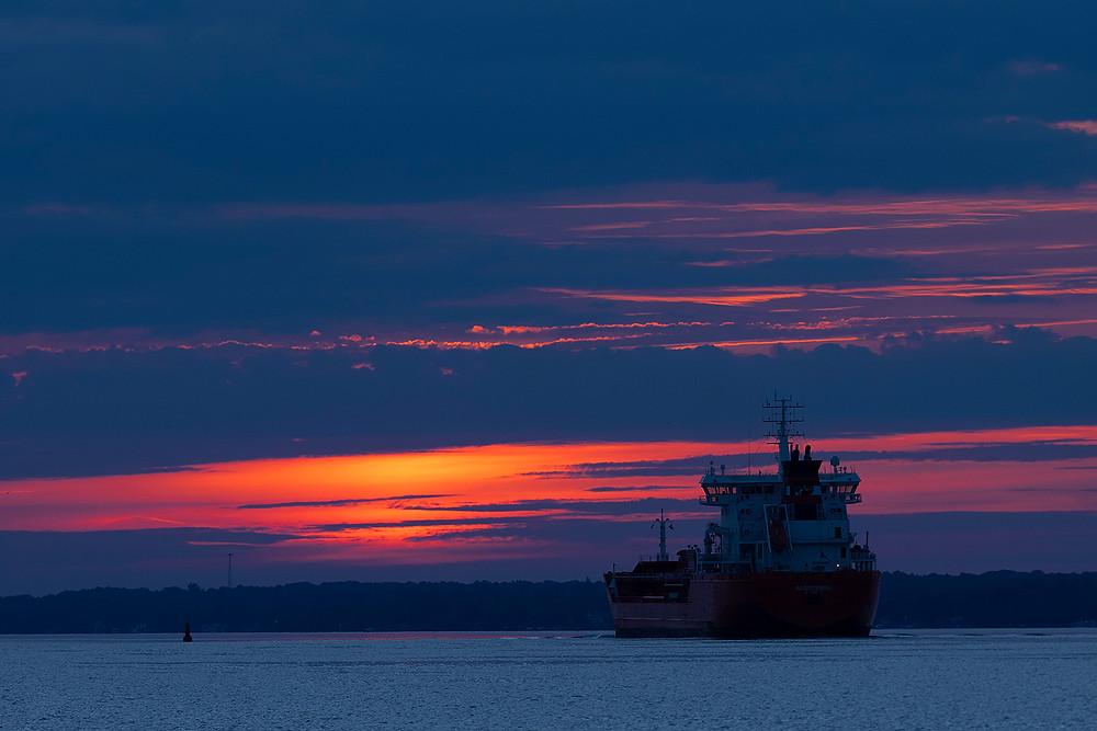 Algoterra, Algoma Central Marine, St. Lawrence River Seaway, dawn