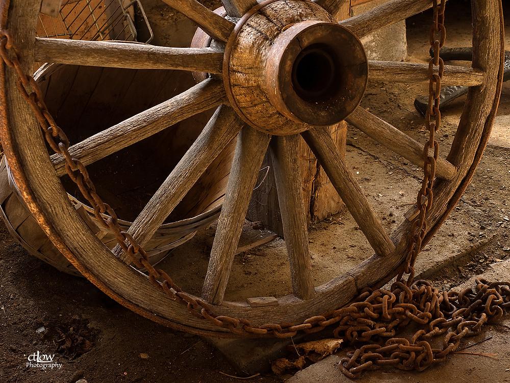 wagon wheel and chain