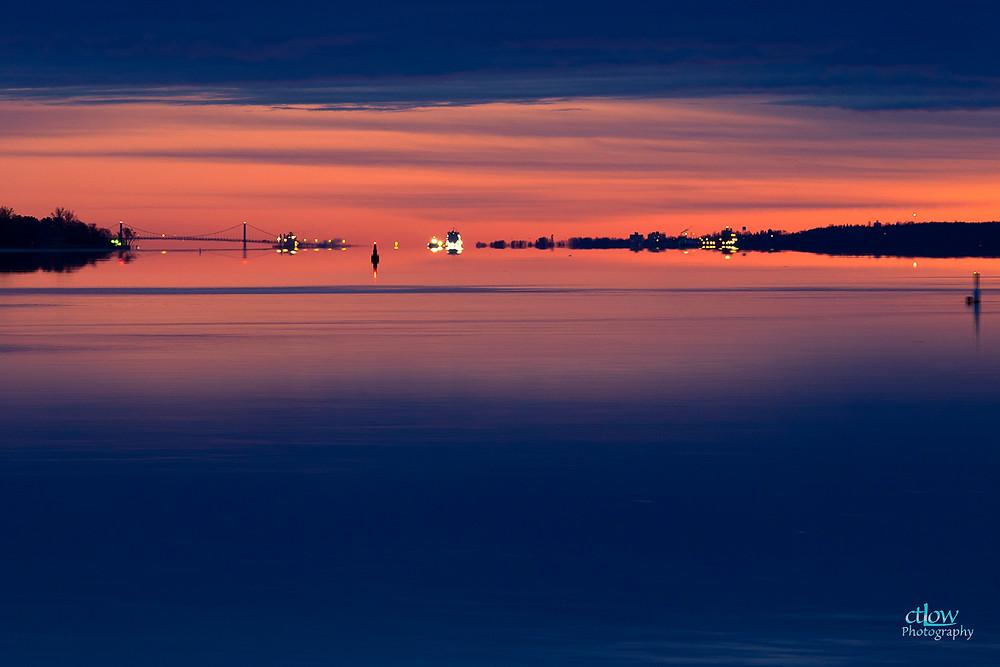 dawn St. Lawrence River, Johnstown Bridge