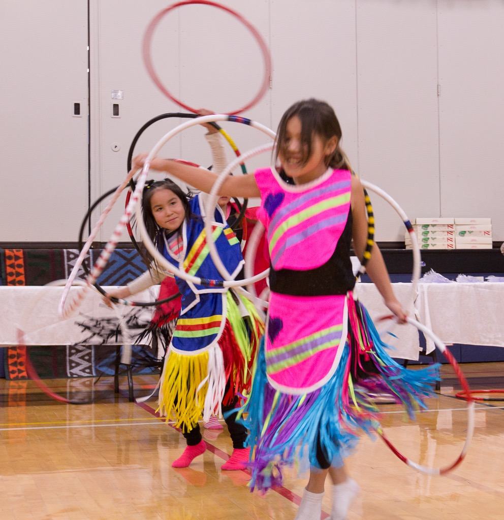 Indigenous Family Event - C.N. Gunn School  (11)