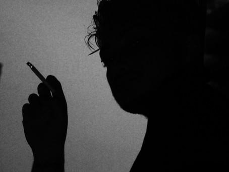 Personas que enfrentan problemas con su salud mental a menudo sucumben al uso de drogas.