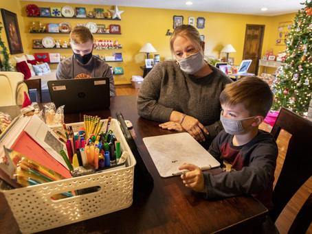 Wichita Homework Hotline ofrece tutoría por video para estudiantes que aprenden desde casa