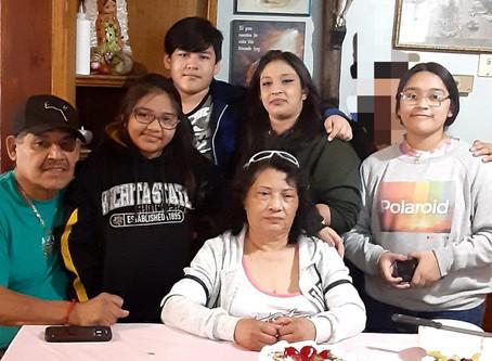 El COVID-19 afectó a tres generaciones de la familia Gonzalez con diferentes síntomas.