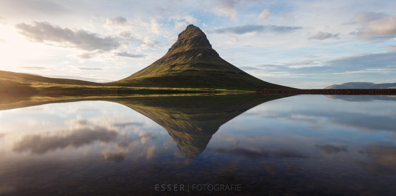 esser-fotografie-kirkjufell-reflection