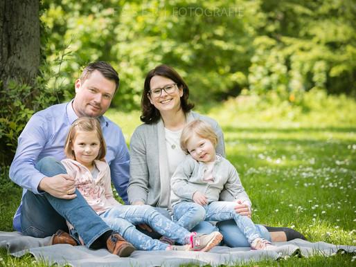 Familienfotoshooting im Sommer - Schlosspark Benrath