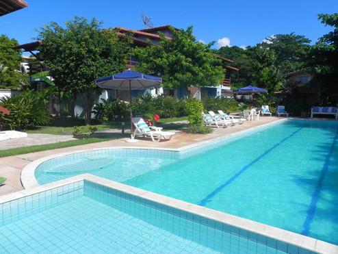 piscina com area exclusiva para crianças