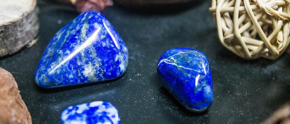 lapis-lazuli, pierre roulée, pierre semi précieuse, gemme, leanne ingouff, lithothérapie,saint laurent du pont, oeil du tigre